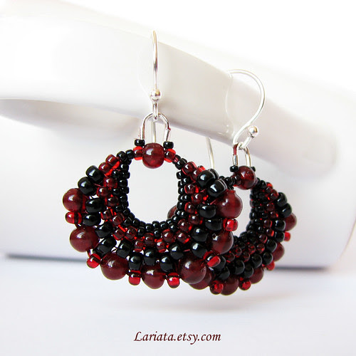 beadwoven garnet earrings