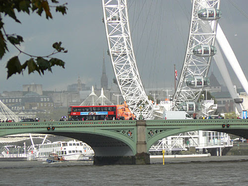 pont et the eye.jpg
