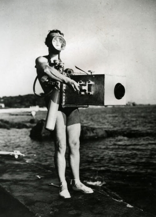 Jean Painlevé with his underwater camera (1935, via)    - oldhollywood