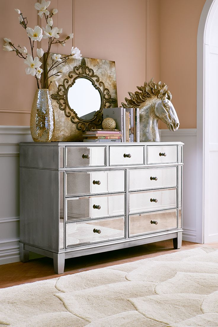 Bedroom decorating ideas mirrored furniture | Hawk Haven