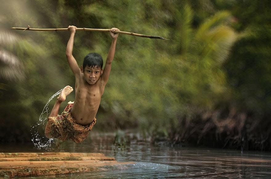 Foto Kehidupan Sehari-hari di Pedesaan 14