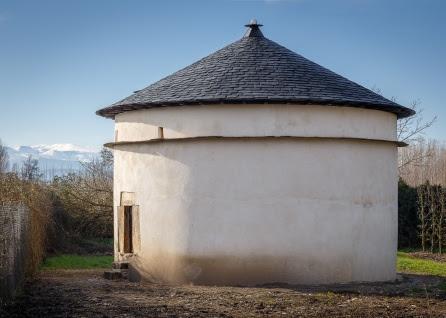 Palomar del Monasterio de Carracedo restaurado por ciudadanos holandeses