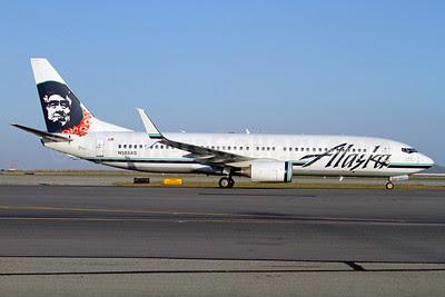 Alaska Airlines Boeing 737-890 SSWL N588AS (msn 35685) (Lei) (Split Scimitar Winglets) SFO (Mark Durbin). Image: 922830.