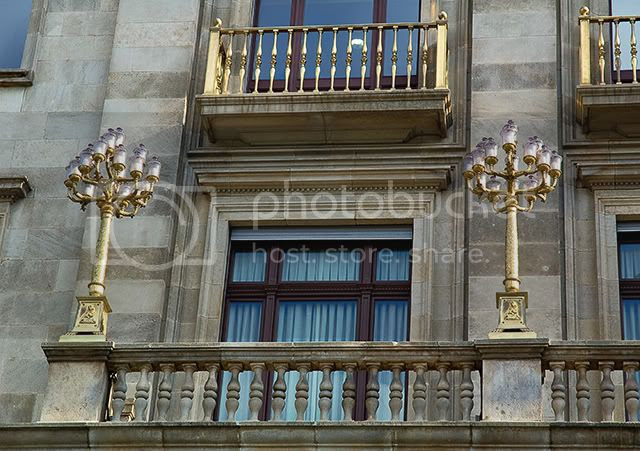 Banco Vitalicio Insurance Company: Balcony and Lamps, Paseo De Gracia 11, Barcelona, Spain by Carlos Lorenzo of Barcelona Photoblog [enlarge]