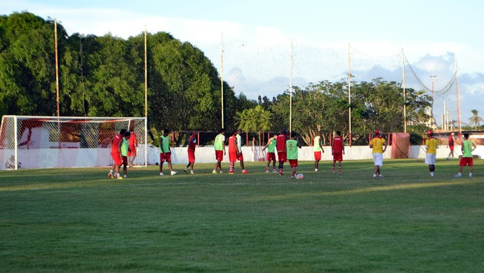 América-RN realiza trablaho tático antes da final contra o Globo FC (Foto: Jocaff Souza)