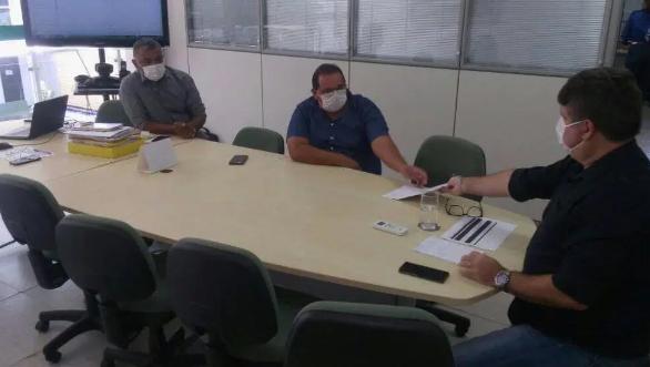 Prefeito Manoel e vereador Renda recebidos em audiência na superintendência do INCRA.