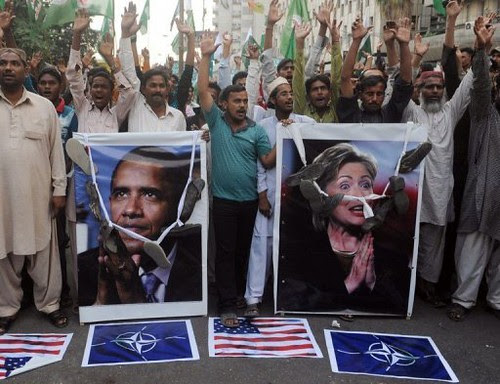 Pakistani masses demonstrate against the imperialist leaders of the United States. 28 troops were killed recently by NATO bombings. Pakistan in-turn blocked the supply lines for the US-NATO alliance into Afghanistan for a brief time. by Pan-African News Wire File Photos