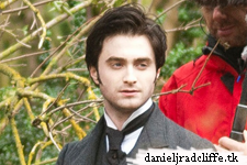 Updated: First pic Dan filming The Woman in Black