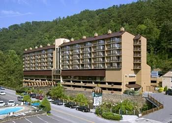 http://www.comparestoreprices.co.uk/images/ga/gatlinburg-edgewater-hotel--gatlinburg.jpg