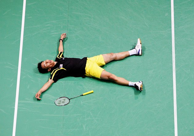 Lee Chong Wei on ground