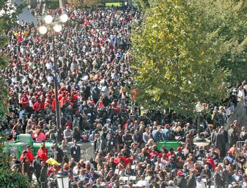 Crowd_-_Andrea_Muhammad_D.jpg