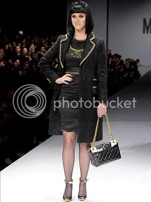 photo katy-perry-moschino-milan-fashion-week_zps1959488d.jpg