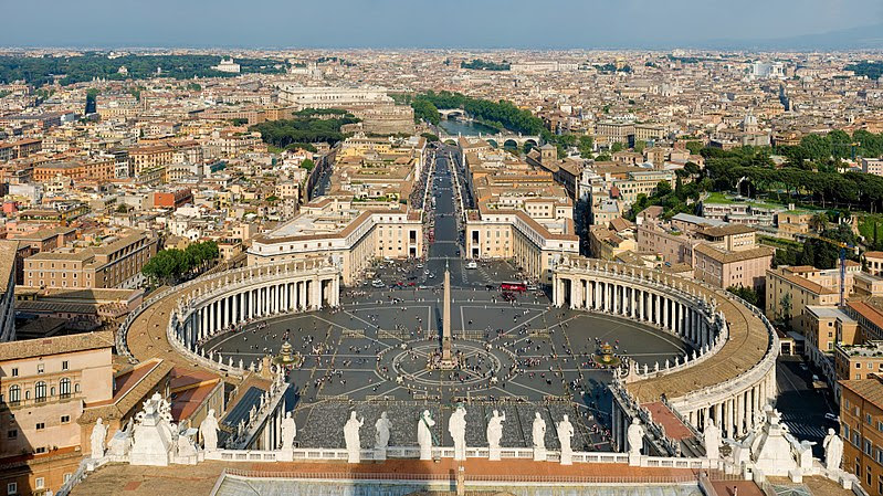 File:St Peter's Square, Vatican City - April 2007.jpg