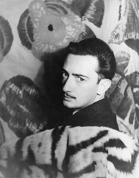 File:Salvador Dalí 1939.jpg