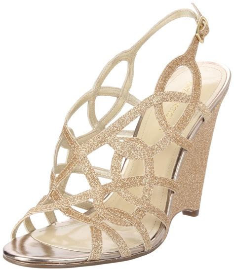 Outdoor Wedding Shoes For Bride