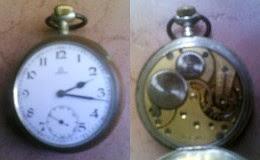 [pocket watch]