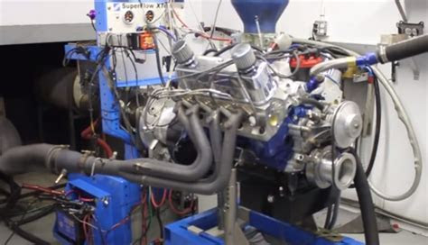 ford racings largest small block  hits  dyno video