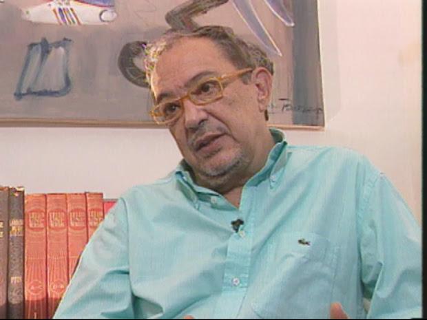 O escritor Bartolomeu Campos de Queirós morreu nesta segunda-feira em BH. (Foto: Reprodução TV Globo)