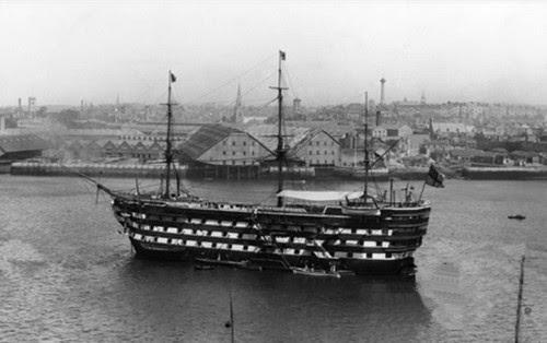 V575 - HMS Royal Adelaide