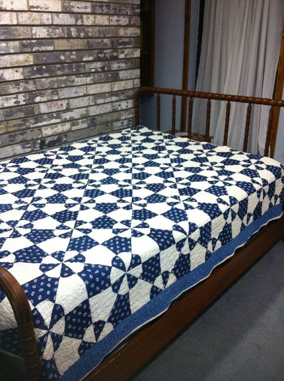 Vintage Hand Quilted Blue and White Quilt by GoldenDaffodils