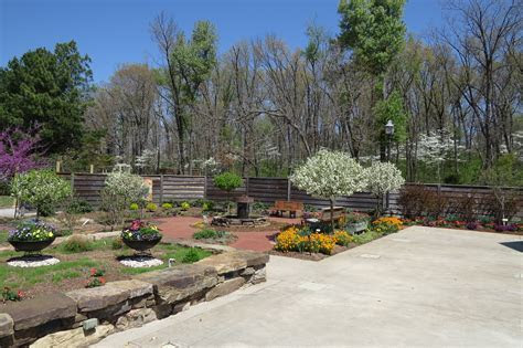 Backyard Gardens   Botanical Garden of the Ozarks