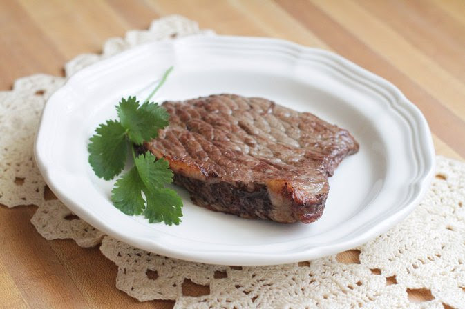 How to Cook Bottom Round Steak in the Crock Pot or Oven ...