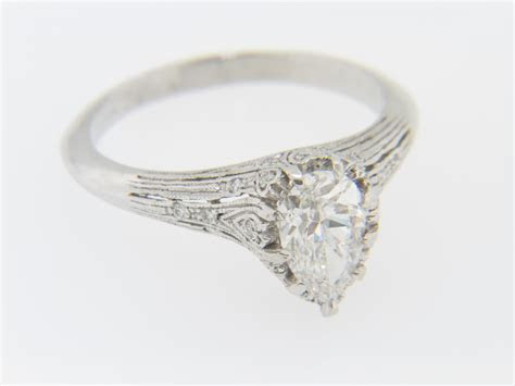 Vintage 1.19ctw Pear Cut Diamond Engagement Ring in