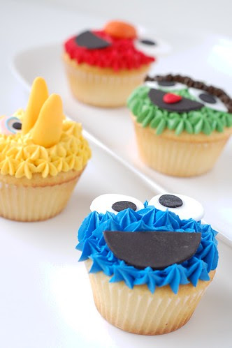 A Baby Shower - Sesame Street cupcakes