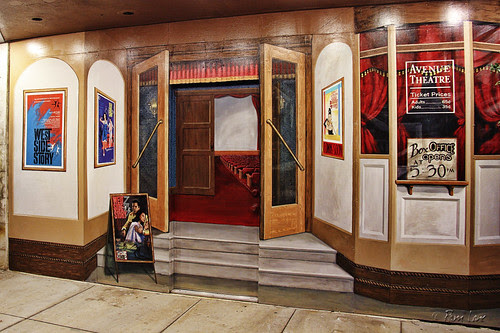 Avenue Theater mural