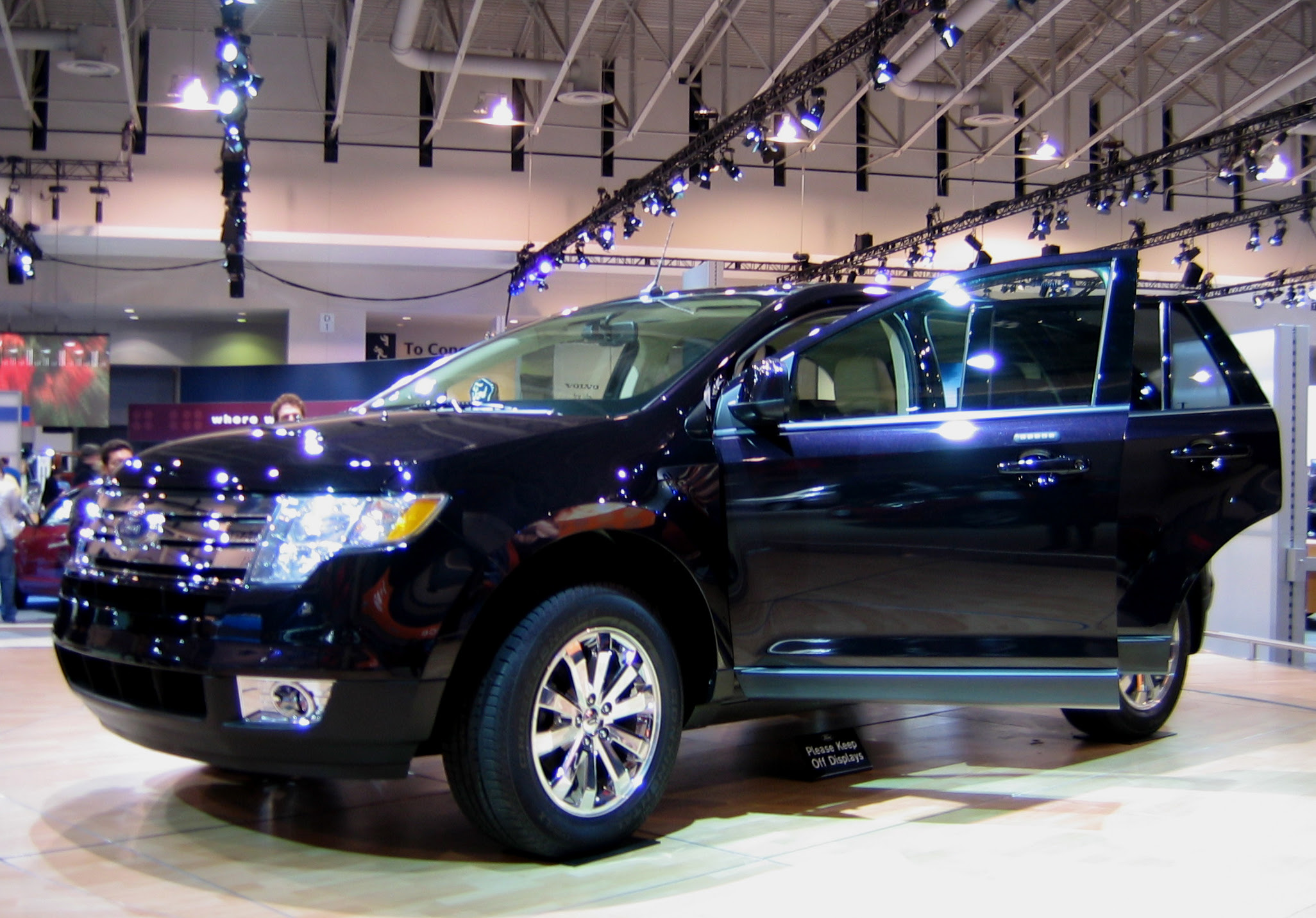 File Ford Edge Jpg Wikipedia File  Ford F  Front Jpg Wikipedia