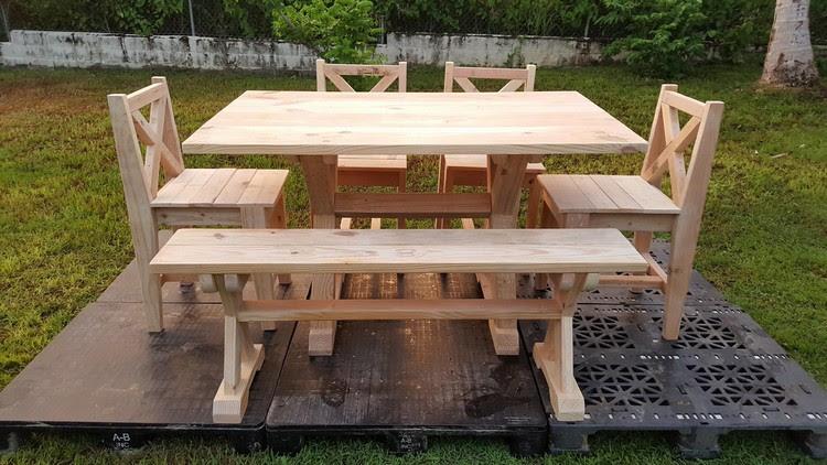 Garden Furniture Out of Wood Pallets | Pallet Ideas