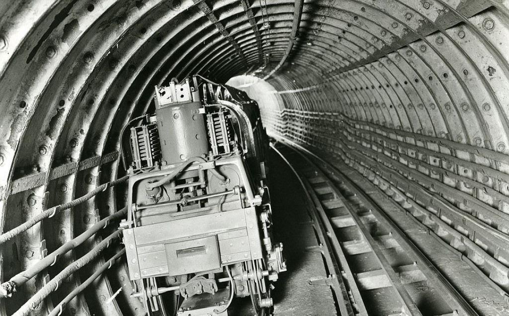 O correio ferroviário subterrâneo de Londres 05
