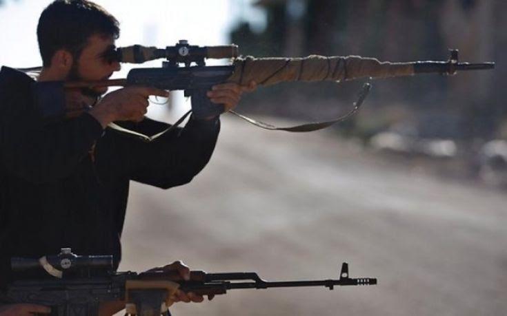 Σκότωσε 11 μαχητές του ISIS και ζει τον έρωτά του εγκλωβισμένος στη Θεσσαλονίκη