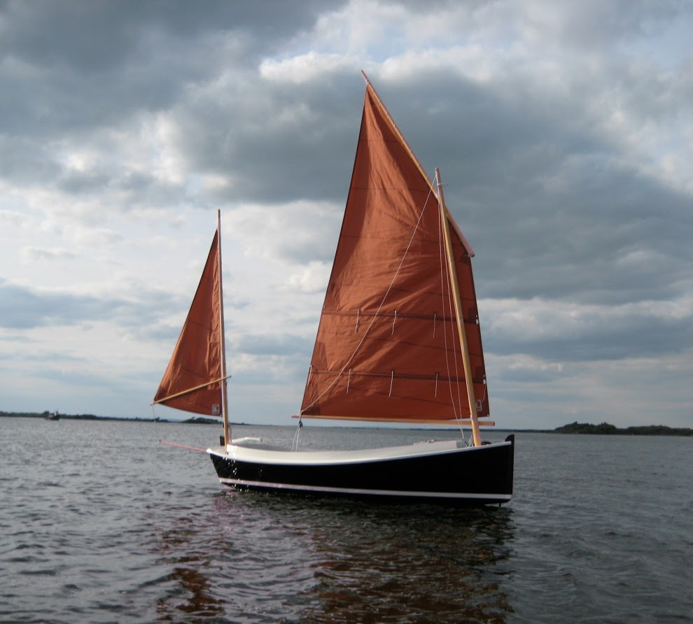Catbird 16 Lug sail day boat   Wooden boat builder, Boat for sale