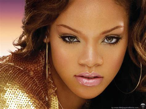 ??? ?????? Rihanna ????? ??????? ????