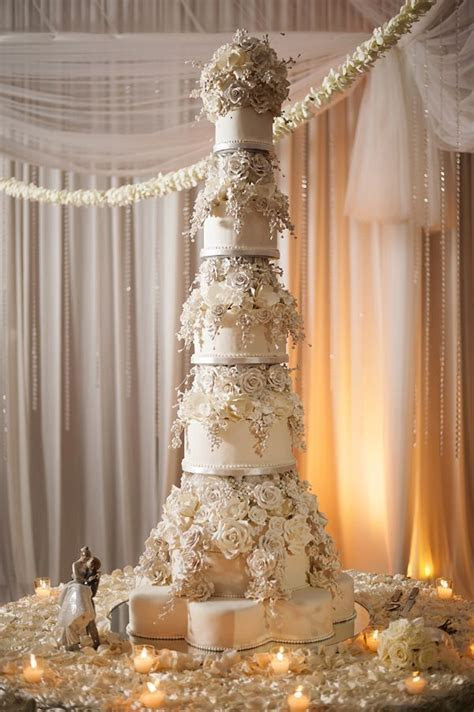 this is the tallest wedding cake I've ever seen. beautiful