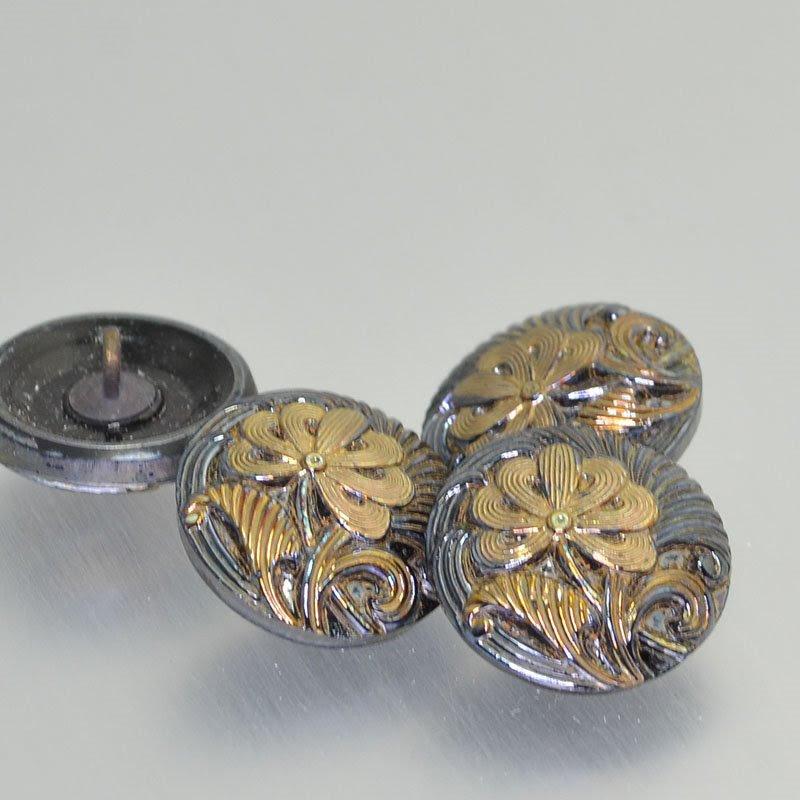 s43184 Button - .75 inch Rug Beater Flower - Hematite / Gold (1)