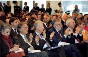 """monti montezemolo riccardi 228141 tn Riccardi accusa Monti: """"Più dava legnate al paese, più la Merkel era contenta e più lui era soddisfatto"""""""
