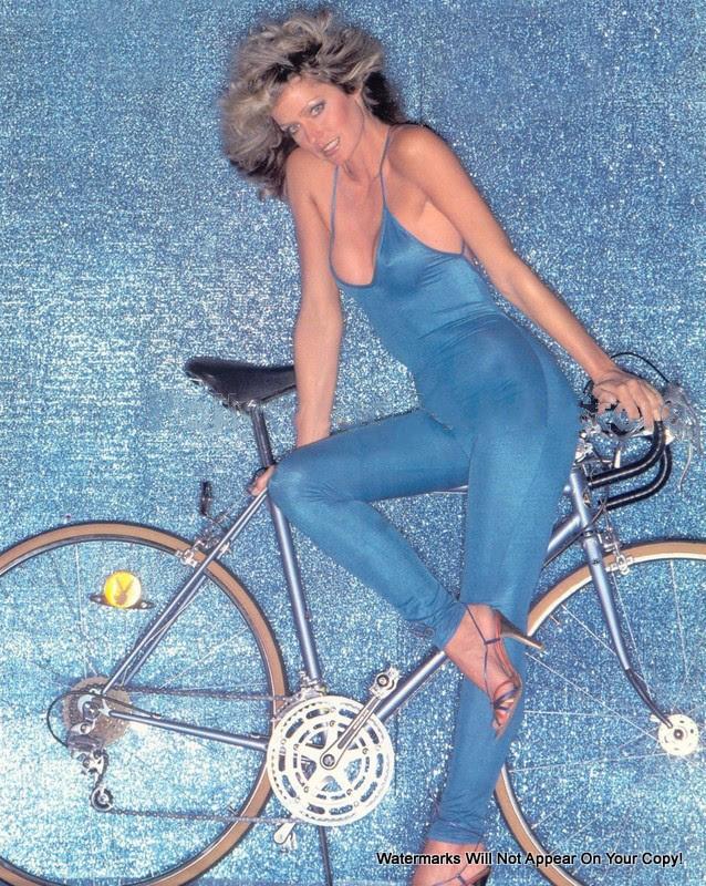 bikepretty, bike pretty, cycle style, cycle chic, bike model, girl on bike, bike fashion, cute bike, farrah, farrah fawcett, farrah fawcett bike, seventies, 70s, 1970s, farrah fawcett birthday