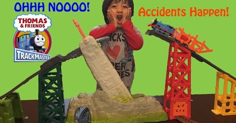 Ryan plays with Thomas & Friends Trackmaster Avalanche Escape Set