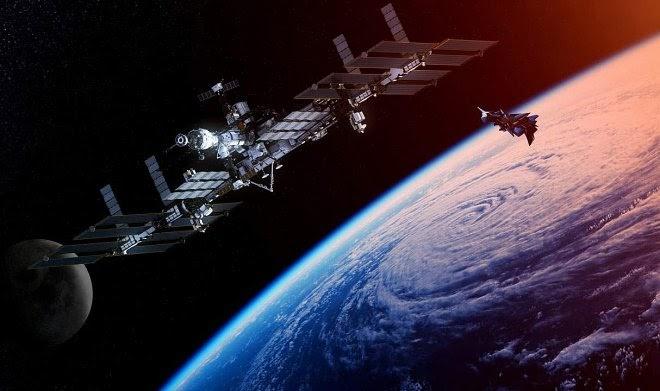 Из-за революции в Мьянме на борту МКС застряла пара бесхозных спутников