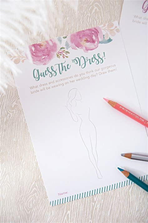"This FREE Printable ""Guess The Dress"" Bridal Shower Game"