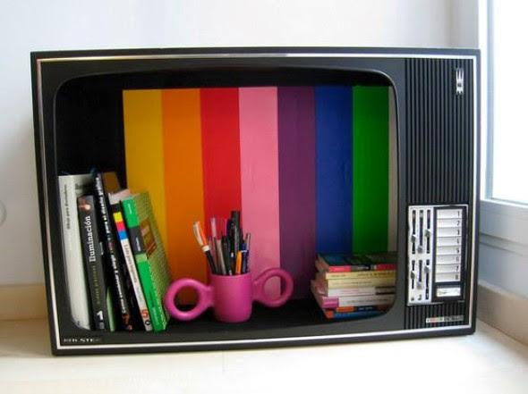 Decoração com televisão de tubo