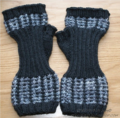 Mad About Plaid mittens