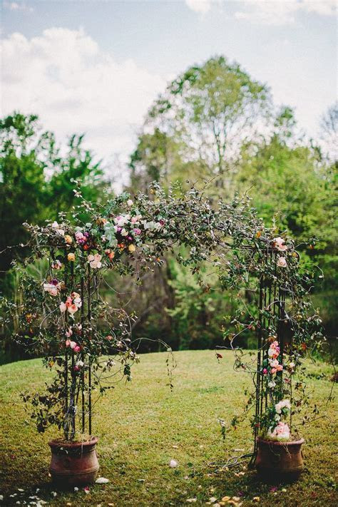 wedding ceremony arch,wedding ceremony aisle decoration ideas