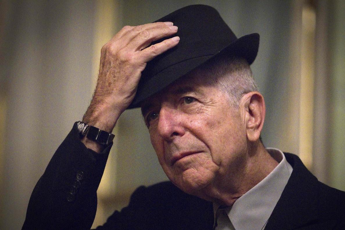 Leonard Cohen, en 5 canciones míticas (con las letras originales y traducidas al español)