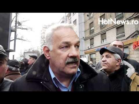 Statul miliţienesc desenat de Băsescu intră în acţiune