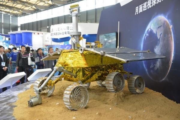 Vehículo lunar-conejo-jad