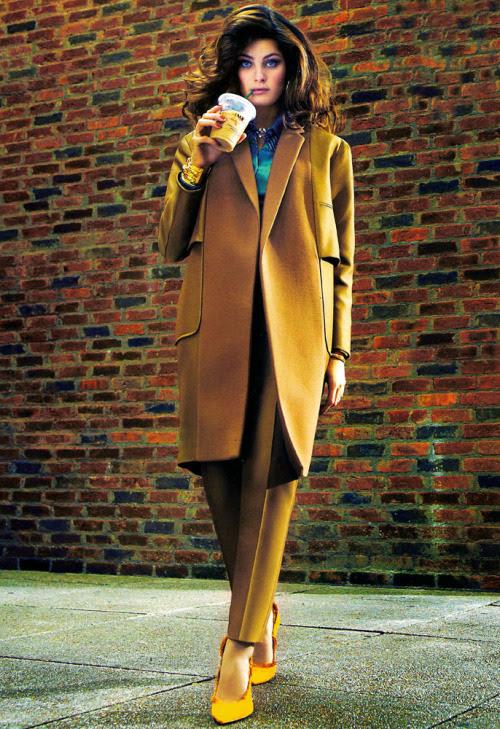 Isabeli Fontana na Vogue Brasil de Junho de 2012.