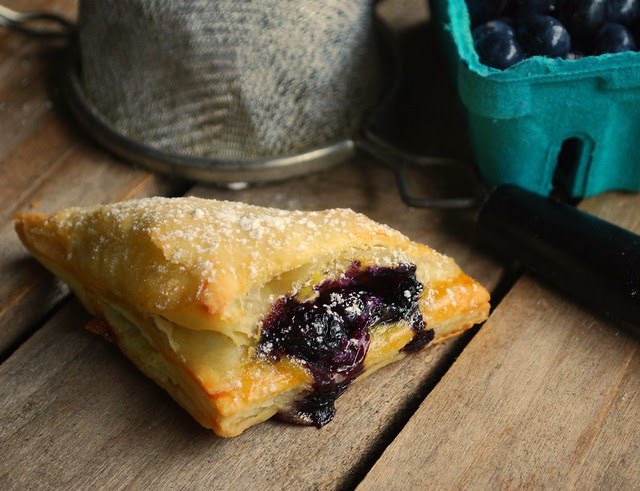 Mini Blueberry Cream Hand Pies3
